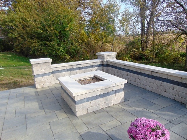 Block Walls In Greenfield In Hardscaping Services